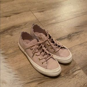 Light Mauve leather converse